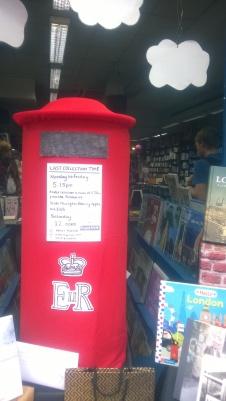 Stoke Newington Bookshopi aknal