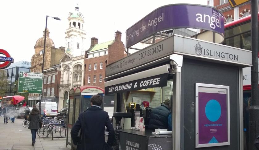 laia profiiliga kohvimüüja